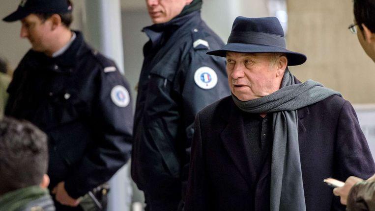 De Franse bordeeleigenaar Dominique Alderweireld arriveert aan het gerechtsgebous in Lille.
