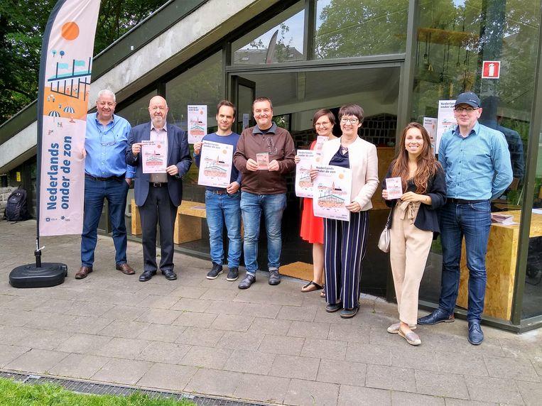 Het stadsbestuur van Halle organiseert deze zomer opnieuw tweewekelijks activiteiten waar anderstalige volwassenen hun Nederlands kunnen oefenen.