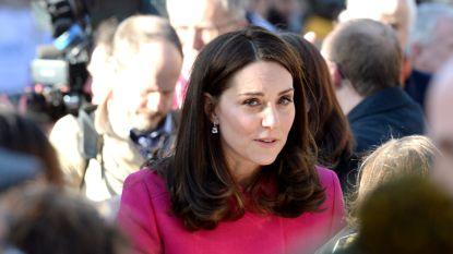 Hint Kate Middleton met deze jas op het geslacht van haar derde kindje?