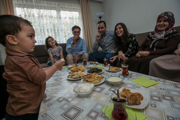 Op het einde van de ramadan vieren moslims het suikerfeest. (Archieffoto)