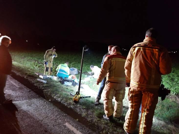 Jong stel belandt in sloot na botsing in Budel-Schoot, meisje ernstig gewond naar ziekenhuis