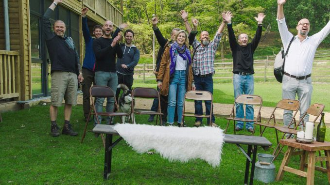 Stoere vikings tonen vrouwelijke kantje aan boerin Marianne