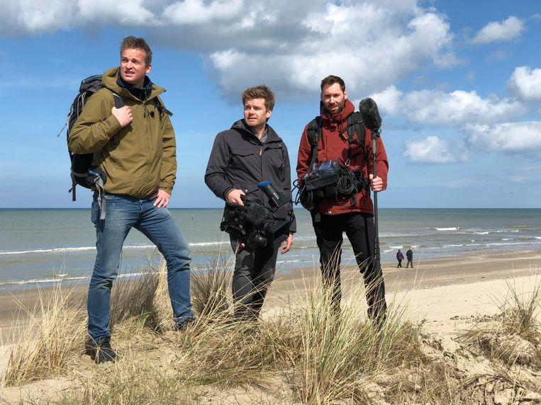 In de tiendelige avontuurlijke reisreeks 'Rond de Noordzee' trekt Arnout Hauben - samen met Philippe Niclaes (camera) en Ruben Callens (geluid en drone) - op een 5.000 kilometer lange reis rond de Noordzee.