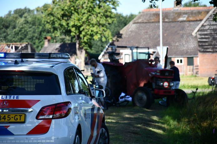 Meerdere gewonden in Den Ham nadat een groep fietsers ten val kwam.