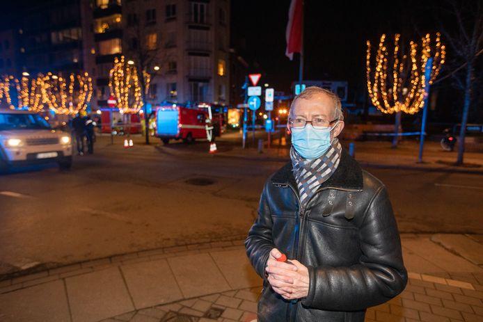 Bewoner Erik Briers van de Isabellastraat zal vannacht in de stedelijke sporthal overnachten.