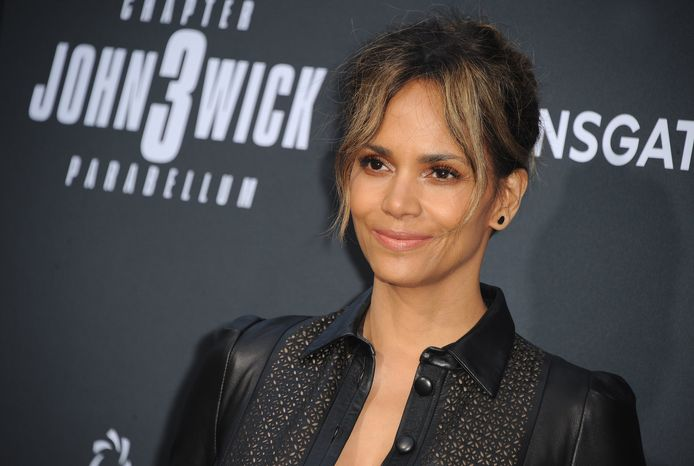 """L'actrice est actuellement en plein tournage pour son nouveau film """"Bruised""""."""