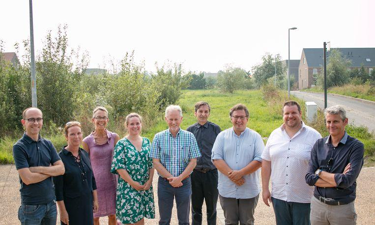 De ontwikkeling van de Clementwijk is in handen van vijf partners: de stad Sint-Niklaas, de Sint-Niklase Huisvestingsmaatschappij, Matexi, Interwaas en de Waasse Landmaatschappij.