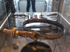 Oss wil alles weten van de mystiek rond krom gebogen zwaard