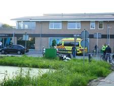 Maaltijdbezorger gewond na botsing in Gouda