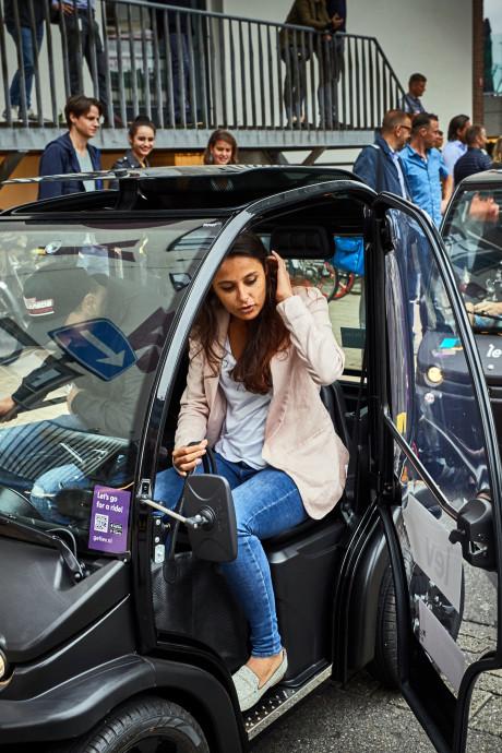 Nieuwe brommobiel Lev moet Rotterdammers overhalen om eigen auto weg te doen