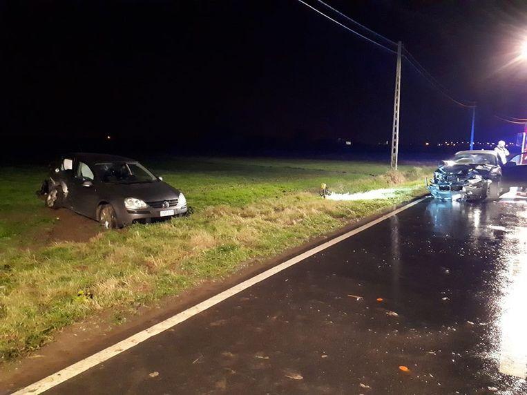 Na de botsing kwam de Volkswagen Golf van Jonas op een akker terecht.