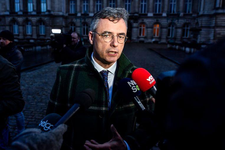 """De federale regeringsvorming duurt ook voor co-informateur Joachim Coens """"veel te lang""""."""