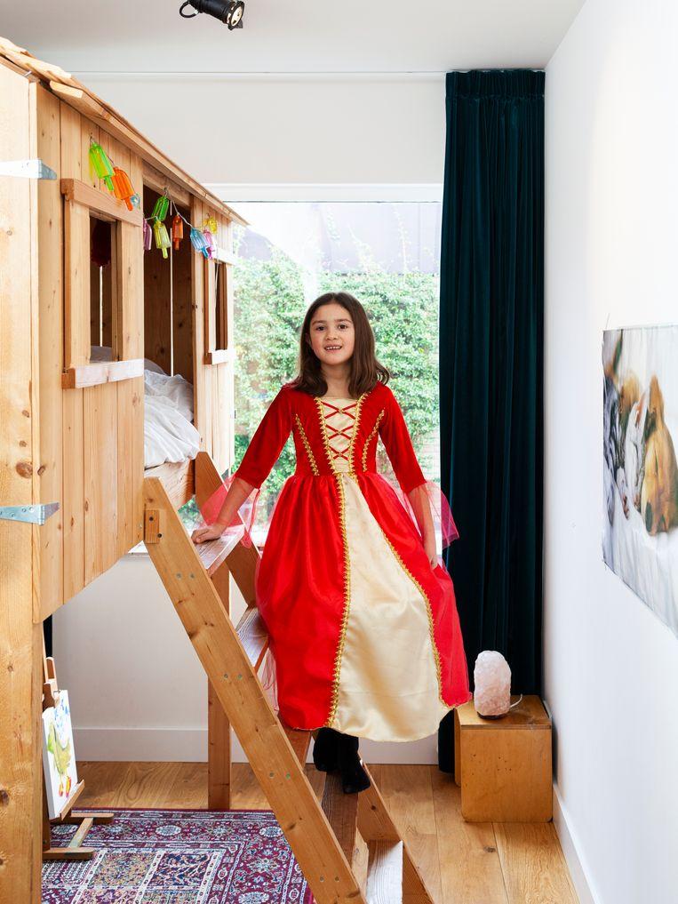 Franka Ponten: 'In mijn kamer heb ik een eigen huisje waarin ik slaap.' Beeld Adriaan van der Ploeg
