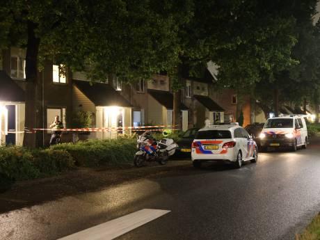 Zwaargewonde man gevonden in woning in Zwolle na mishandeling: verdachte aangehouden