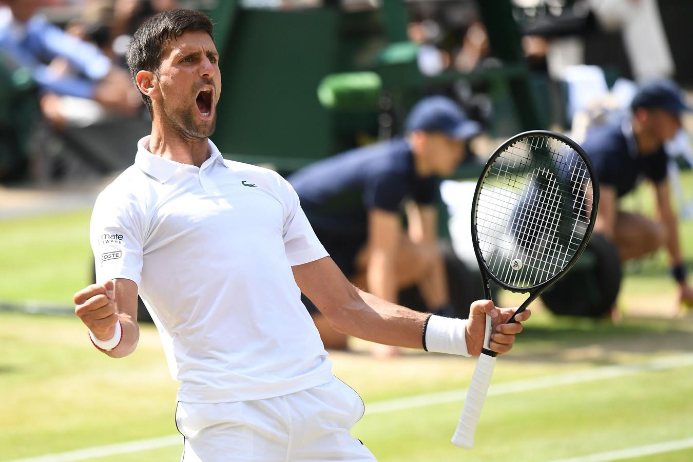 Novak Djokovic na het bereiken van de finale van Wimbledon.