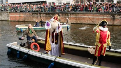 Ook Sinterklaas reist ecologisch: met de trein naar Puurs-Sint-Amands, per boot naar Lier