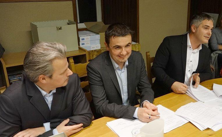 Gemeenteraad-schepen Bart Sorée-burgemeester Bert Ceulemans en gemeenteraadsvoorzitter David Dupont.
