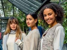 Tilburgse mode-ontwerpster wil met duurzame kleding tij keren in 'verzwelgende mode-industrie'