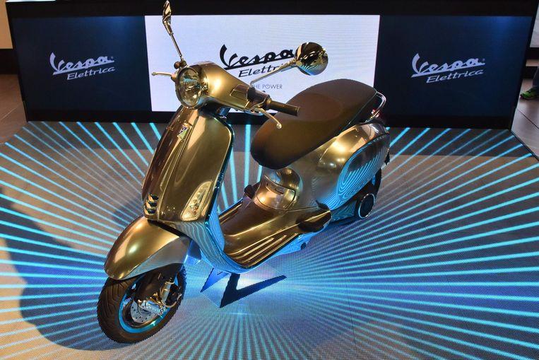 De Vespa Elettrica, vorig jaar al voorgesteld op een internationale beurs voor fietsen en motorfietsen in Milaan.