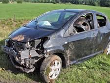 Vrouw (41) belandt met auto in sloot in Harbrinkhoek