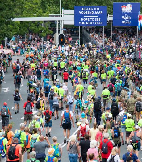 Dit was de intocht van de 103de Vierdaagse: 41.235 lopers over de finish en veel gekte