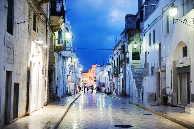 De oude binnenstad van Cisternino. Beeld Sanne De Wilde