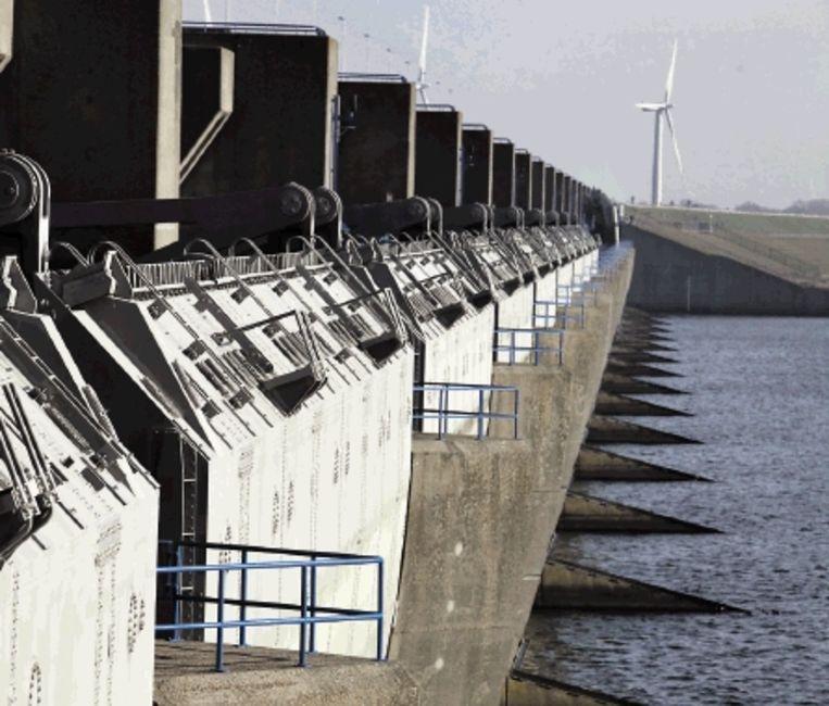 De Haringvlietdam. (FOTO ANP ) Beeld