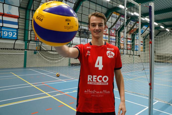 Volleyballer Timothy Scheffers begint met ZVH komende zaterdag aan het eredivisieseizoen.