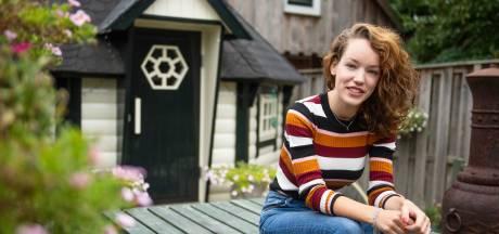 Tessa (25) hoopt op behandeling in VS: 'Ik zit gevangen in mijn eigen lichaam'
