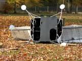 Un satellite Samsung s'écrase dans le jardin d'un couple américain