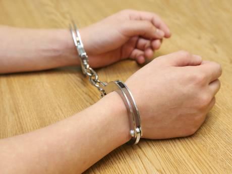 Vrouw in Sint-Philipsland aangehouden na neersteken partner