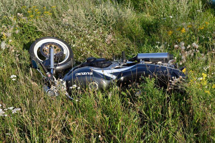 Motorrijder raakt gewond bij val aan de Ritshestraat in Breda.