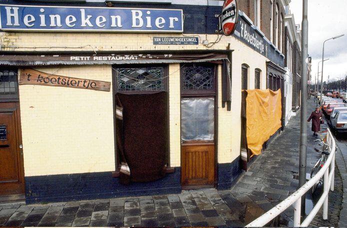 - In 1983 doodde Cevdet Y. in café t Koetsiertje zes mensen. - 3273540.jpg