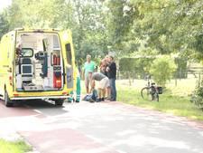 Fietser gewond aan hoofd door val in Loo