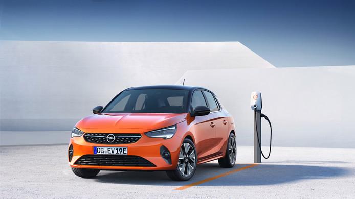 De Corsa-e gaat vooral de concurrentie aan met de Renault Zoe en de Peugeot e-208.