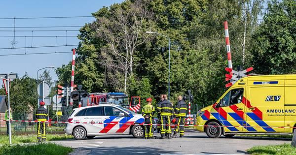 Fietser overleden na aanrijding met trein in Heukelom, geen treinen tussen Tilburg en Boxtel.