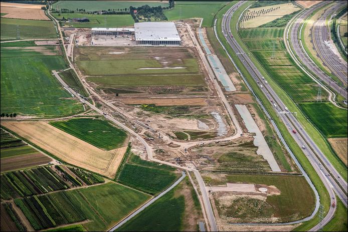 Nieuwbouw op bedrijventerrein Park15 bij Elst.
