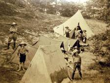 Koninklijke Erepenning voor Scouting Velpsche Woudloopers en De Olmen bij 100-jarig bestaan