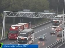 Chauffeur parkeert vrachtwagen op vluchtstrook A27; 'gevalletje rijtijdenwet'