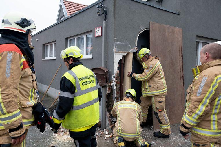 De betonmixer richtte een grote schade aan.