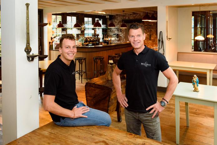 Jan Megens (rechts) en Rik Tiebosch openen hun zesde Montimar-vestiging in Mierlo.