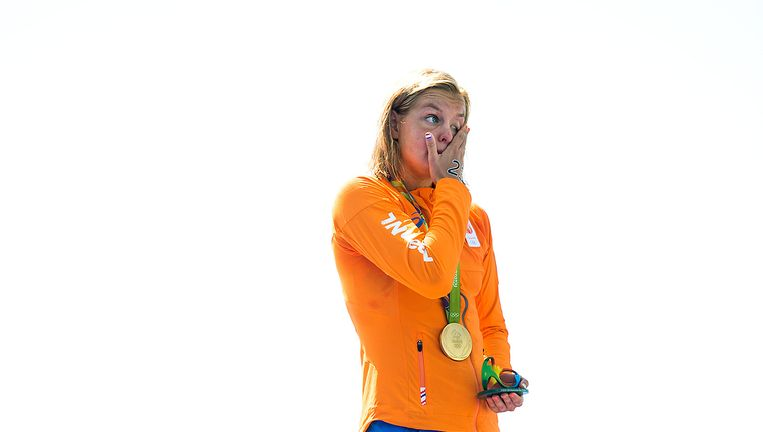 Een emotionele Van Rouwendaal na haar zege Beeld  Klaas Jan van der Weij