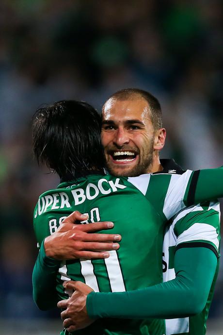VIDEO: Bas Dost weer trefzeker voor winnend Sporting