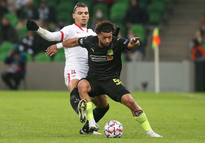 Karim Rekik kan vanavond zijn derde Champions League-wedstrijd voor Sevilla spelen in eigen huis tegen Chelsea. Tonny Vilhena is er bij Krasnodar niet bij wegens een voetblessure.