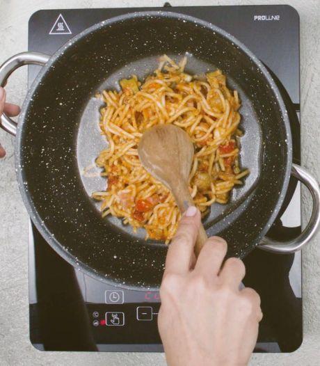 Keukenheks: Pasta droog en klef bij het opwarmen? Niet met deze truc