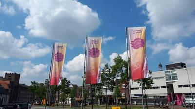 Breda heet bezoekers welkom met vlaggen