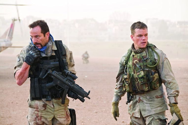 Jason Isaacs en Matt Damon in Green Zone van Paul Greengrass. Beeld