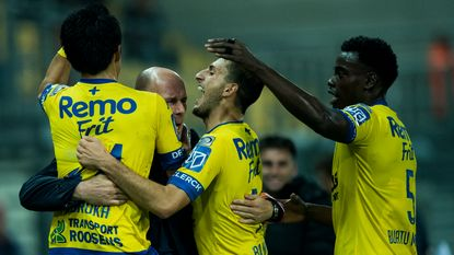 Waasland-Beveren duikt in de top zes