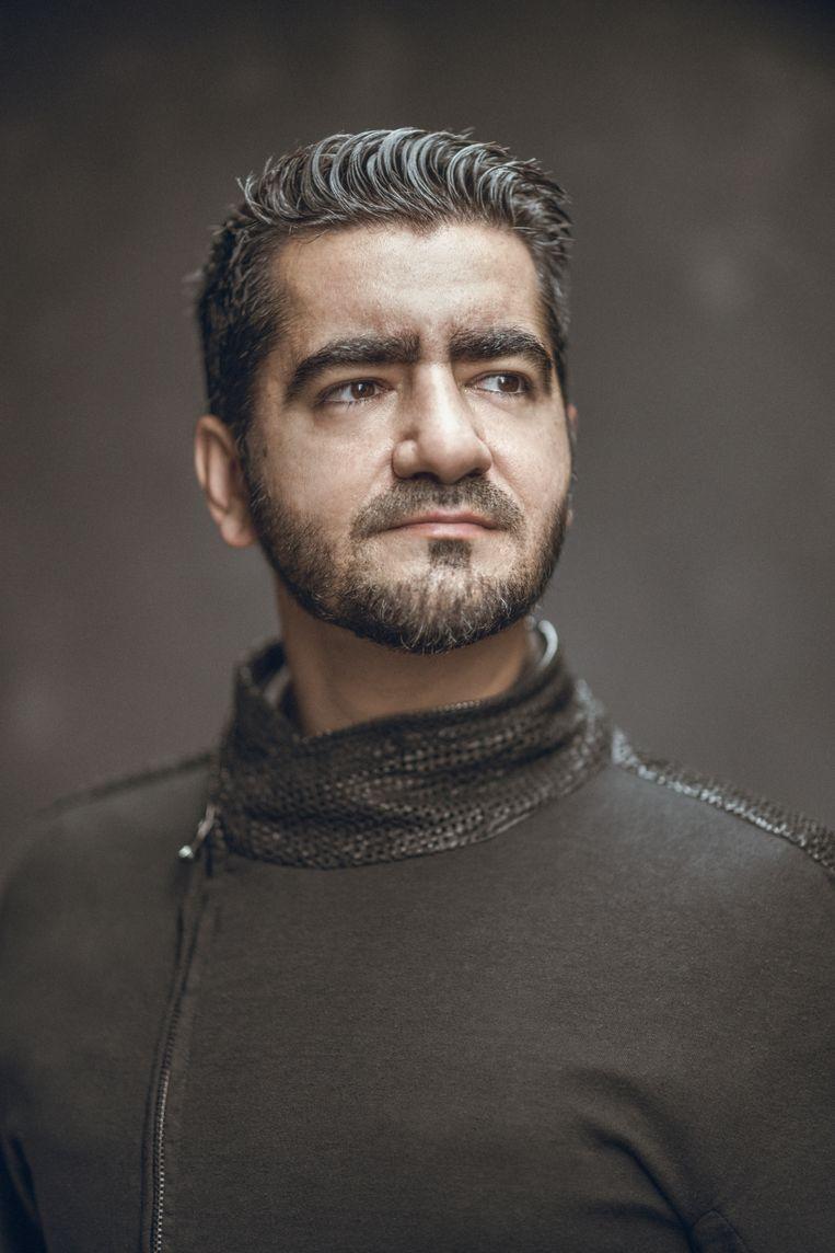 Murat Isik: 'Van achterloper werd ik binnen een paar maanden de beste voorlezer van de klas.' Beeld Rahi Rezvani