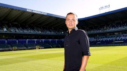 """Sportdirecteur Peter Verbeke, de man die Anderlecht geluk moet brengen: """"Als je de toon nu niet zet, dan moet je in de toekomst de miserie opkuisen"""""""